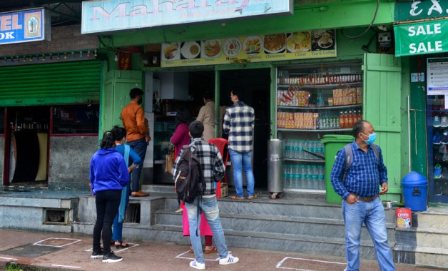 Eateriesin Sikkim towns reopen, only takeaways allowed