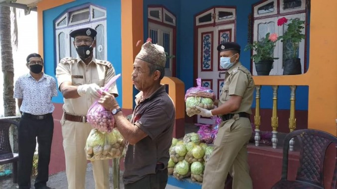 Panighatta cop supports needy with ration