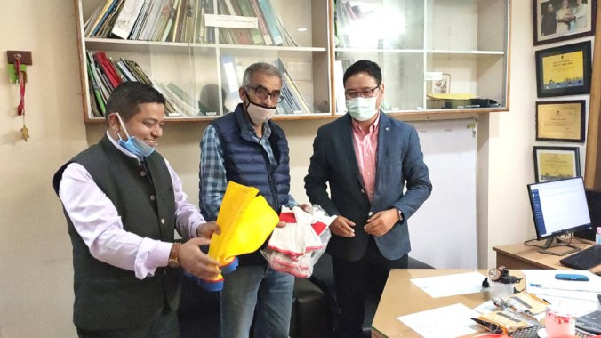 Ladakhi Group presents safety gears for GMC beautifiers
